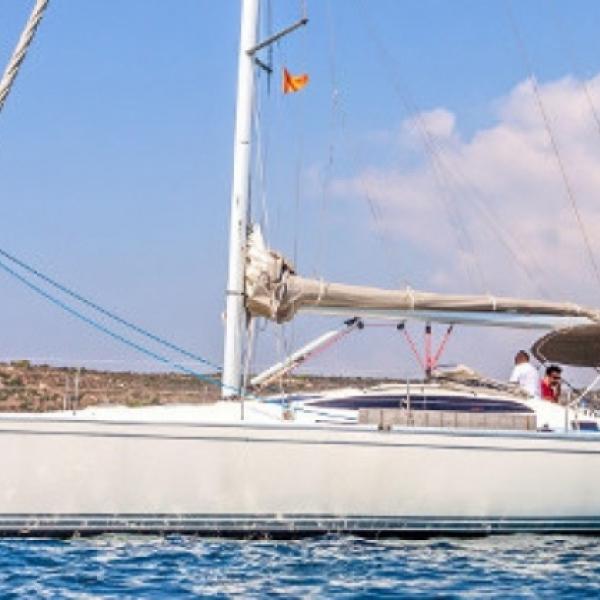 Яхта  DELPHIA 40.3